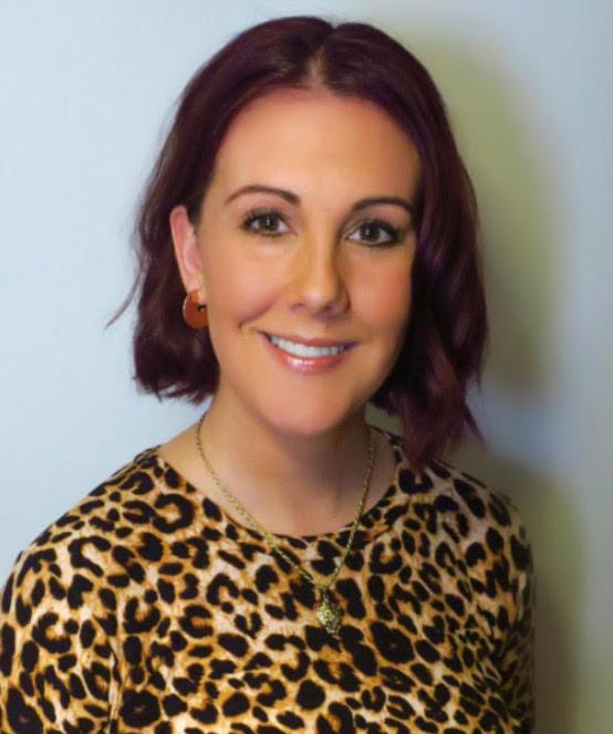 Fiona McIntyre: Hair Styling Expert